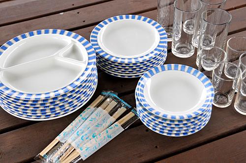 取り皿、小皿、グラス、割りばし付き